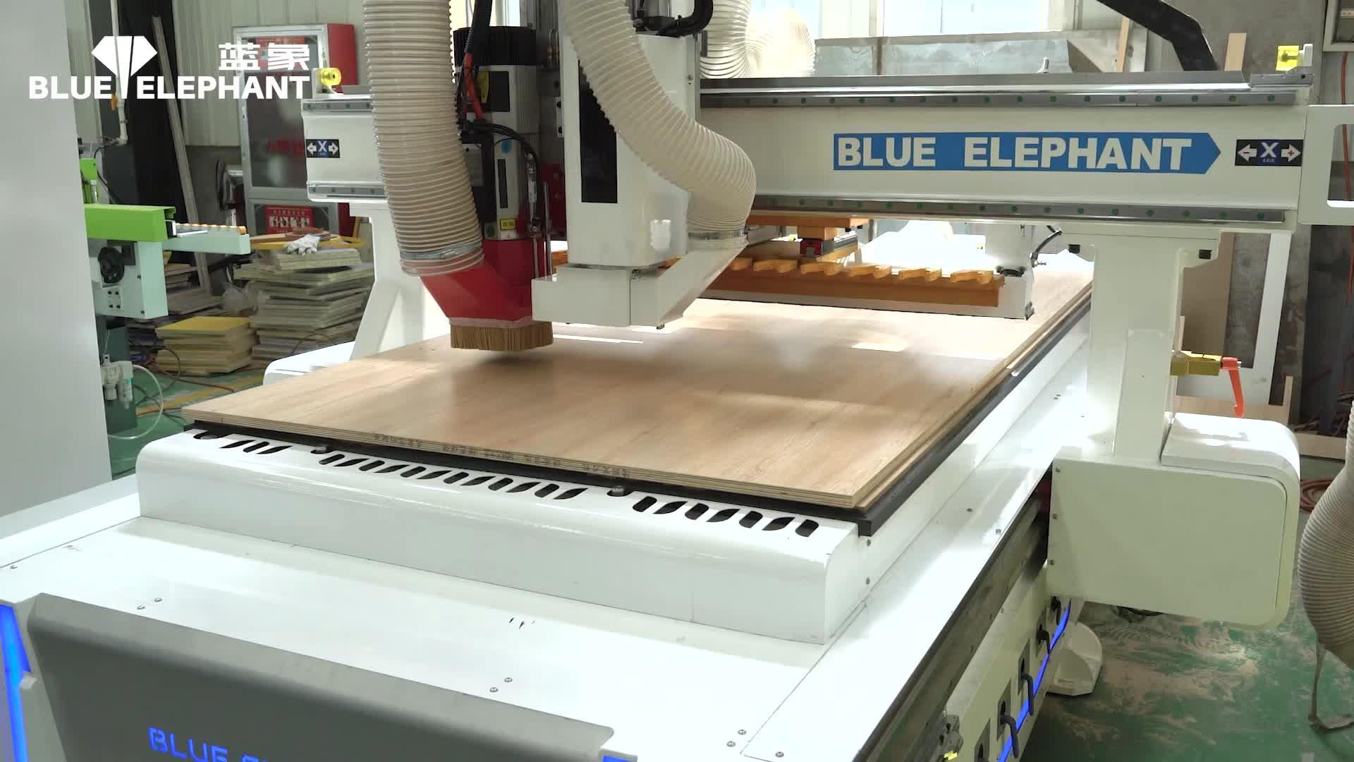 拉米诺开料机加工隐形件P18视频演示